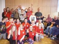 Wolontariusze SKC z Walec z modlitwą różańcową w Domach Pogodnej Starości_1
